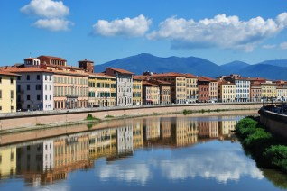 Water reflections, Pisa