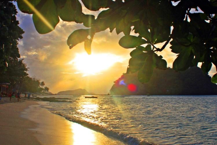 El Nido Las Cabanas Sunset