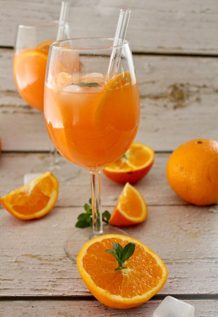 Rhabarber Spritz Cocktail