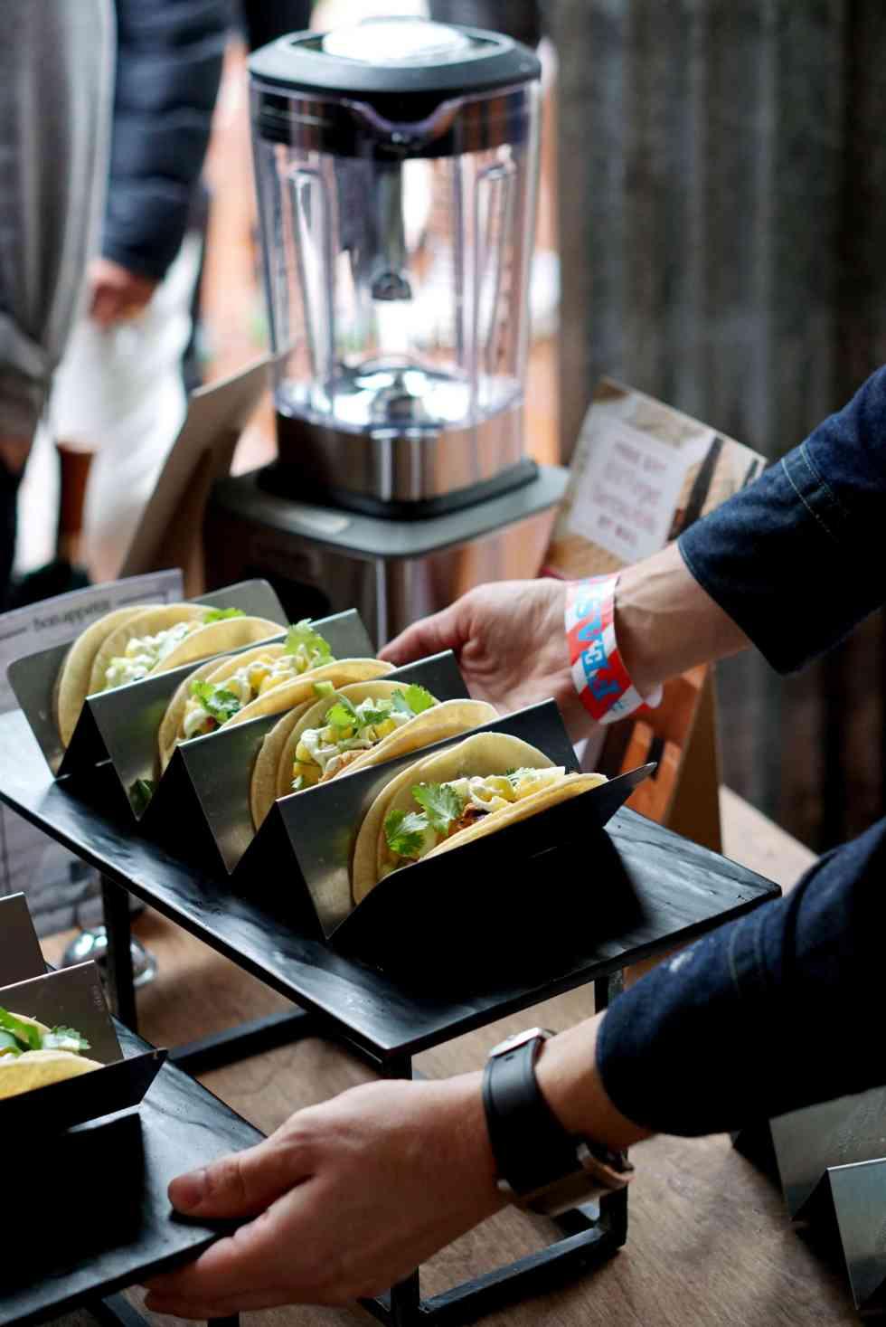 wolf-gourmet-blender-lenaskitchenblog_tacos3
