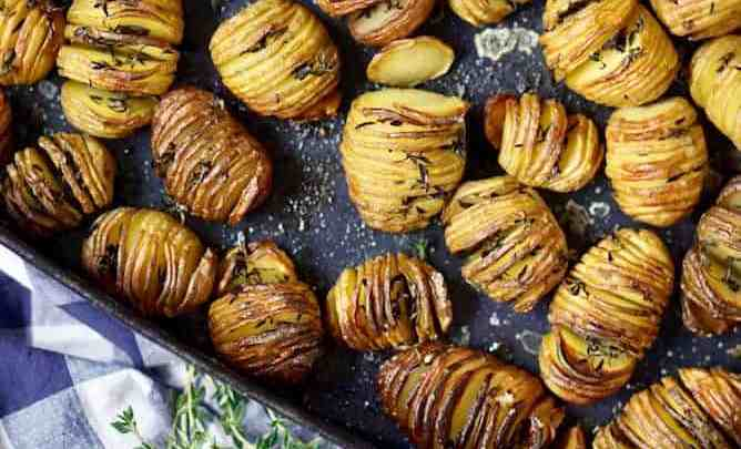 Mini hasselback potatoes with mustard sauce by lenaskitchenblog.com