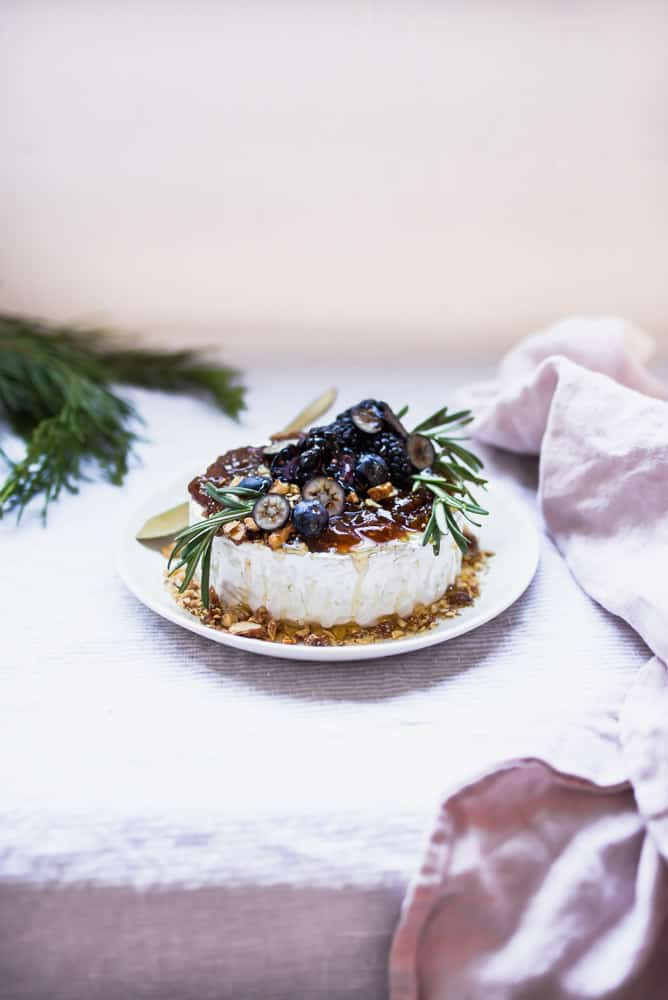 BRIE WITH FIG JAM, ALMONDS & BERRIES