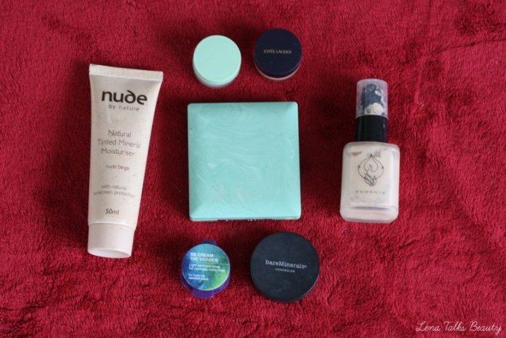 Nude by nature tinted moisturiser, phoenix custom fondation, bare minerals concealer, clinique pressed powder, estee lauder doublewear. Lena Talks Beauty
