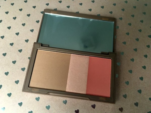 Urban Decay Naked Flushed Palette - Lena Talks Beauty Giveaway