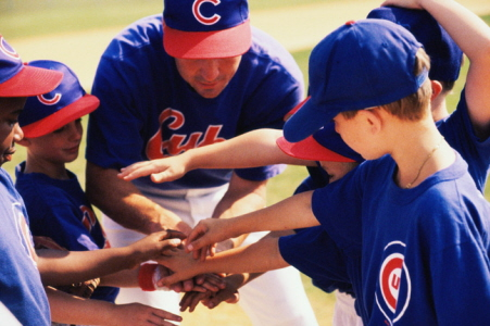 Kids Cubs baseball-coaching