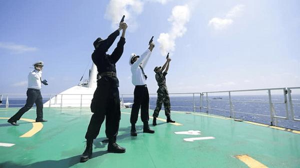 Lính của Quân đội Giải phóng Nhân dân Trung Quốc ở Biển Đông năm 2016. (Ảnh: Reuters)