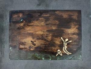 bronzebillede_kunst_bronzeskulptur_lene_purkaer_stefansen_varemaerkebeskyttet_Traed_ud_af_dit_mismod