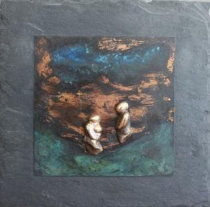 bronzebillede_kunst_bronzeskulptur_lene_purkaer_stefansen_varemaerkebeskyttet_silhuet_af_foraeldres_omsorg