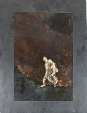 bronzebillede_kunst_bronzeskulptur_lene_purkaer_stefansen_varemaerkebeskyttet_sindet_kan_vaere_lyst_men_byrden_tung