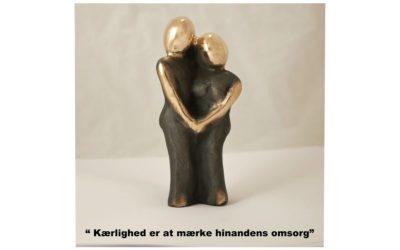 Kærlighed er at mærke hinandens omsorg