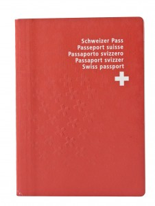 33,500 foreigners became Swiss in 2012