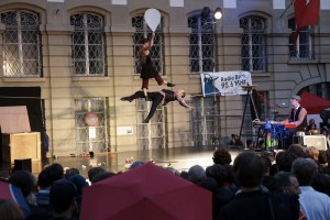 17-July-2014-bern-buskers-tightrope-1000