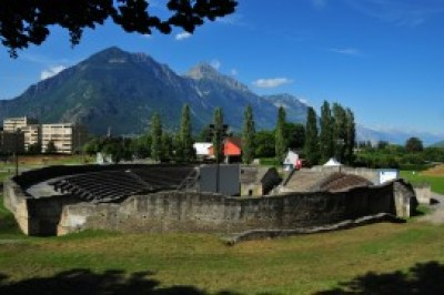 Lake Geneva tour - Martigny