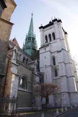 Cathédrale Saint-Pierre in the old city