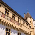 Swiss canton of Neuchâtel refuses to allow foreigners in government