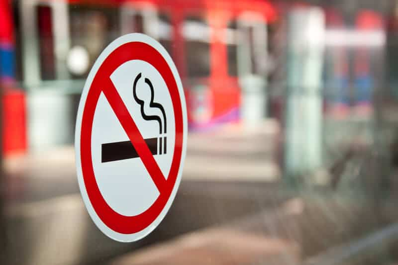 Call to ban outdoor smoking in one Swiss canton 87629eb1969