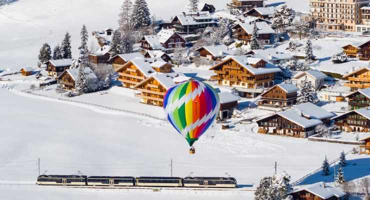 The Swiss cheese train to Chateau d'Oex – fondue and alpine tradition