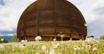 CERN tours – go on, expand your universe