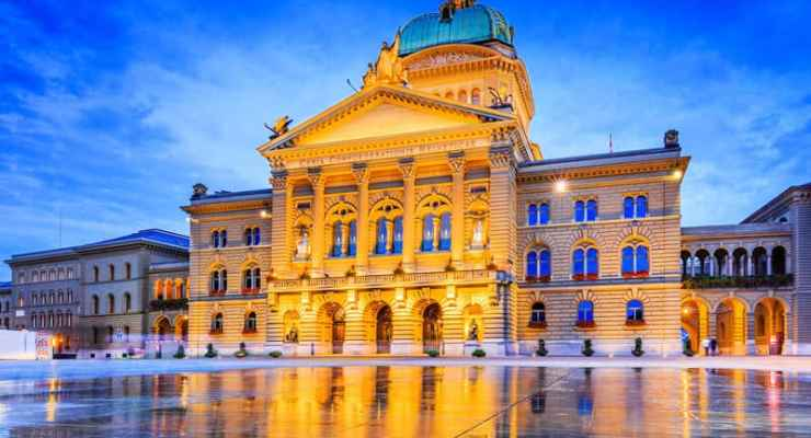 Women in government – should gender equality be added to Switzerland's constitution?