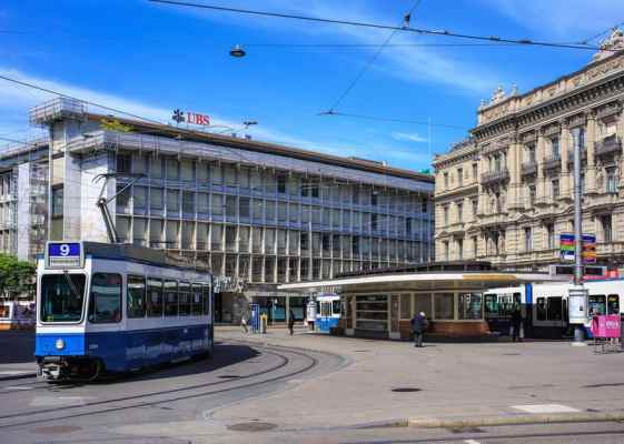 Paradeplatz Zurich_© Denis Linine _ Dreamstime.com