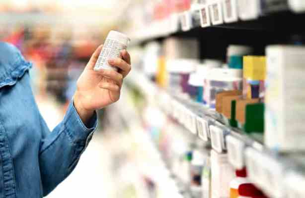 Swiss government cuts drug prices by 100 million francs