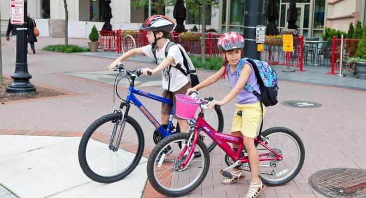 Children soon allowed to cycle with pedestrians in Switzerland