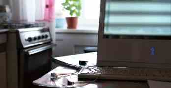 Swiss have mixed feelings about working from home, according to survey