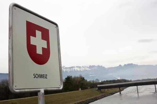 Coronavirus: Switzerland aiming for fully reopened borders with Germany, Austria and France