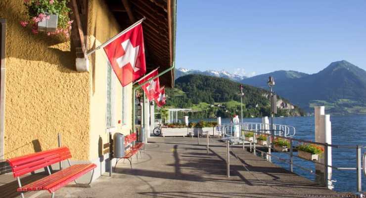 Covid: new cases continue to decline in Switzerland this week