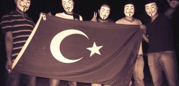 Anonymous cerca di aiutare il popolo turco.