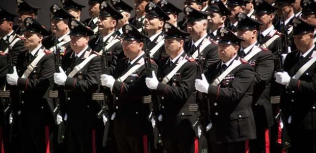 L'Arma dei Carabinieri è una parte dell'Italia, quindi deve essere difesa sempre.