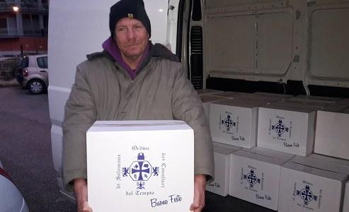 Salerno, i Templari hanno iniziato la distribuzione dei pacchi alimentari.