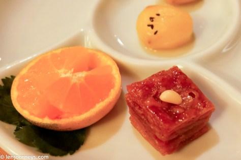 Yakwa and Jeju tangerine, desserts in Korean royal dishes