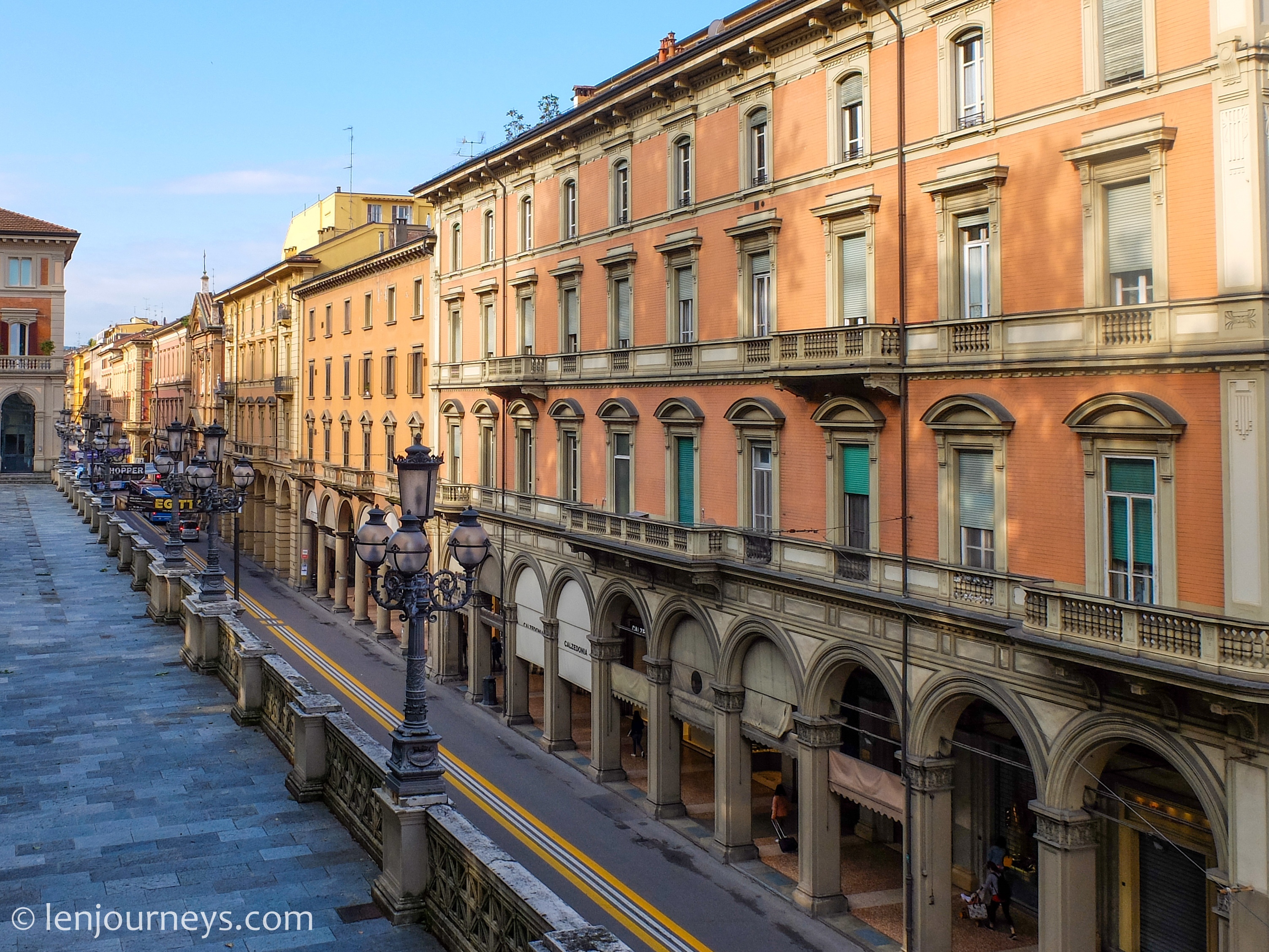 Buildings in Bologna