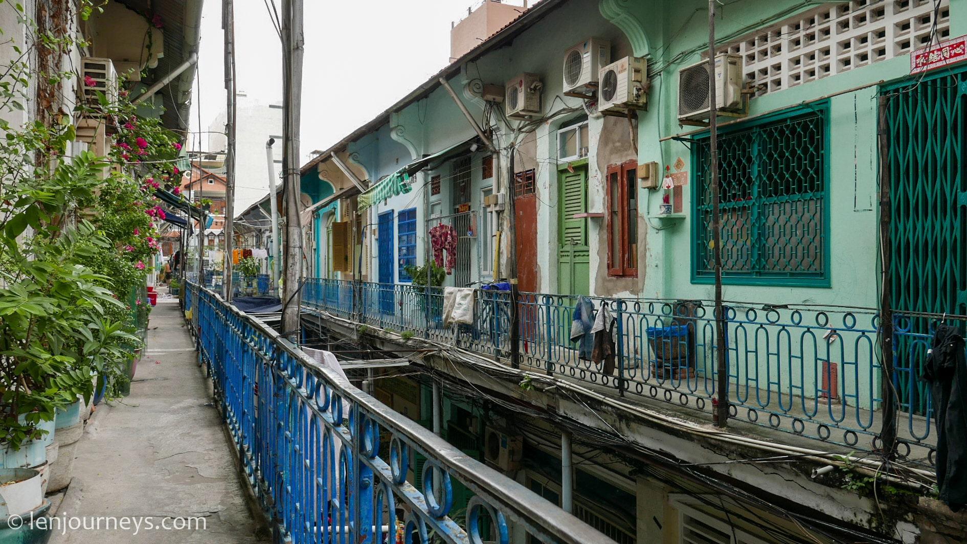 Balconies in Hao Si Phuong