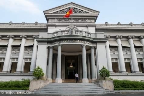 Main entrance to Lieutenant Governor's Palace