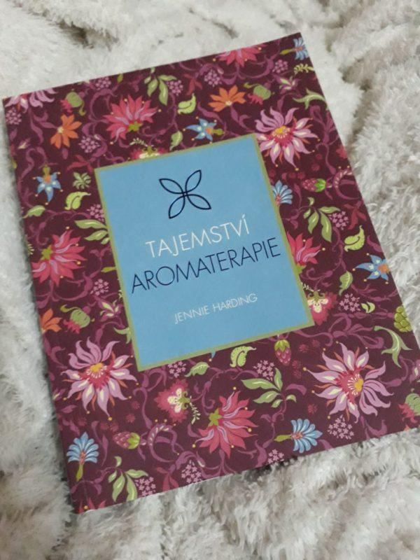 Kniha Tajemství aromaterapie