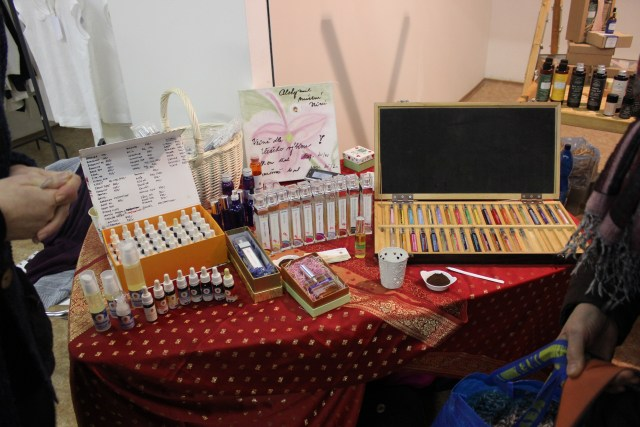Organic cosmetics and perfumes sold at the Sustainability - Xmas Edition event