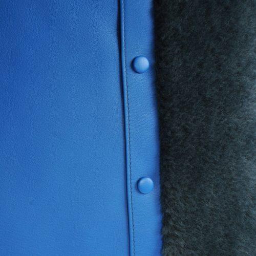 coussin veau bleu élect et fourrure bleu