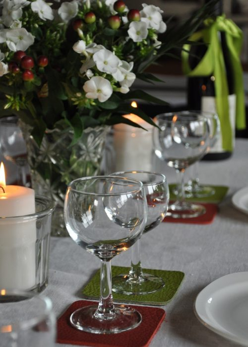 Sous verre en cuir, une façon originale de décorer une table et épater vos convives. Design et fabrication française. !