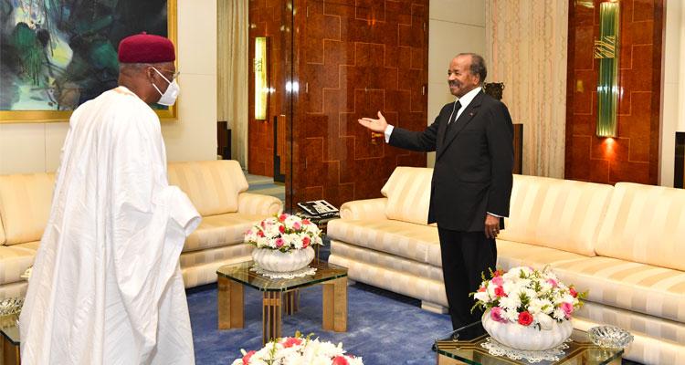 🇨🇲 Un émissaire du Président Buhari au Palais de l'Unité