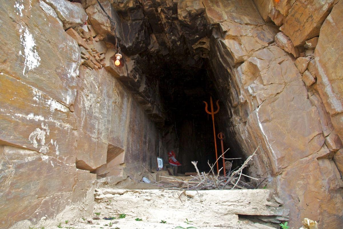 hermit's outpost / near kakarwa, india