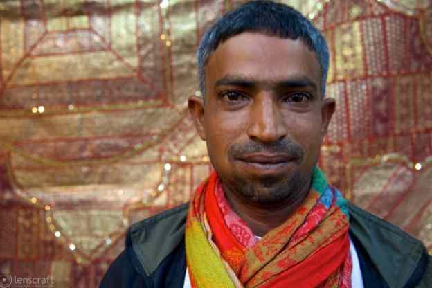 scarf merchant / jodhpur, india