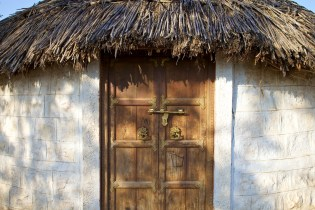 cottage door / osian, india