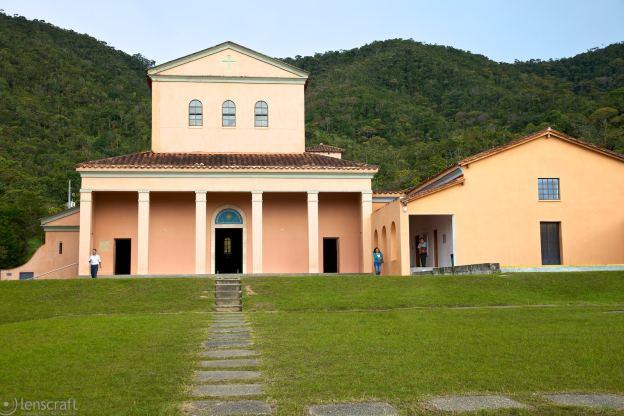 benedictine monastery / guatapé, colombia
