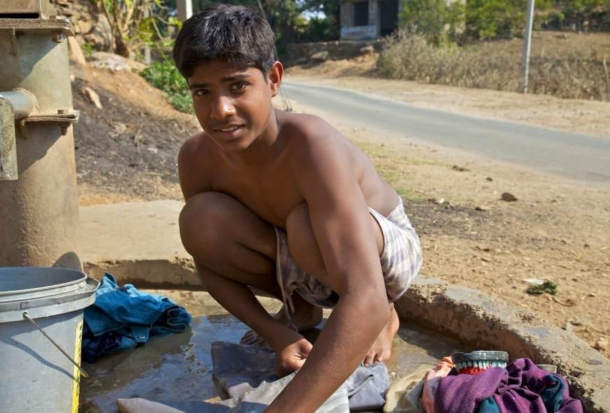 washing day / aranyawas, india