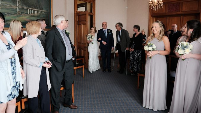 gallery: spring wedding at south queensferry registry office