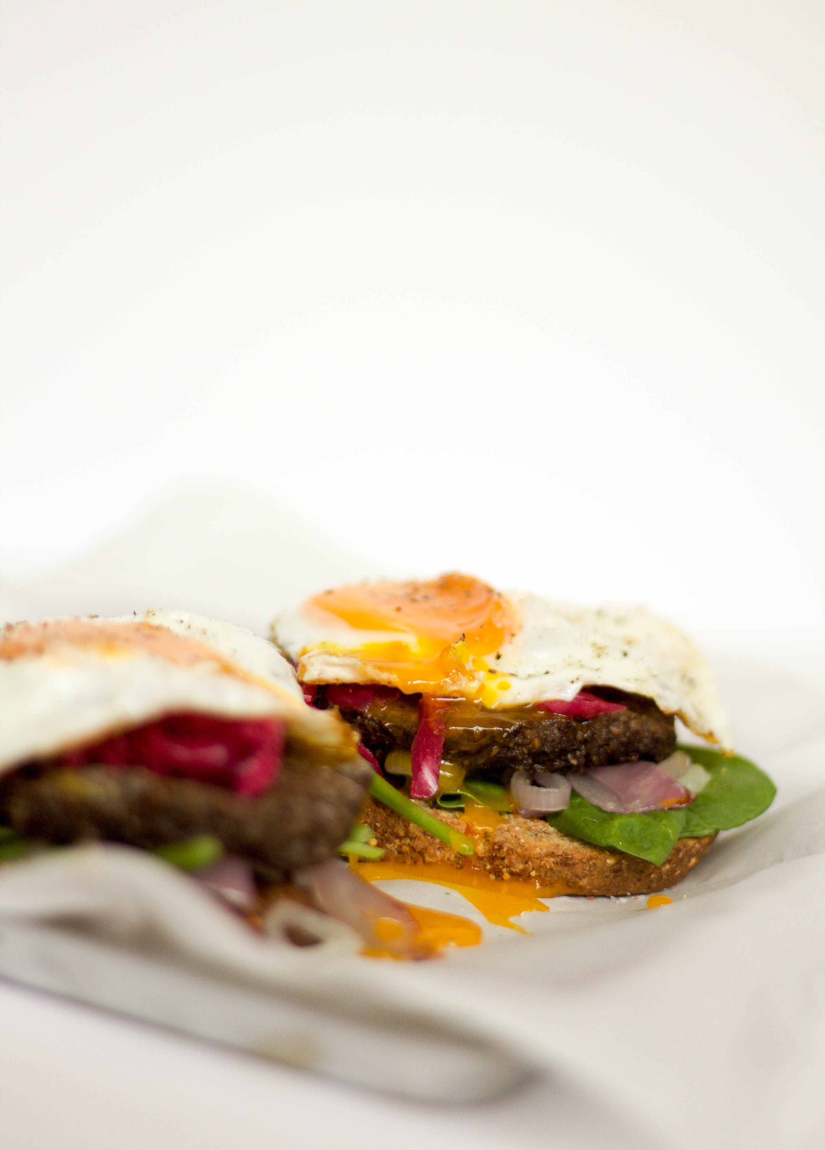 mushroom burger egg stack