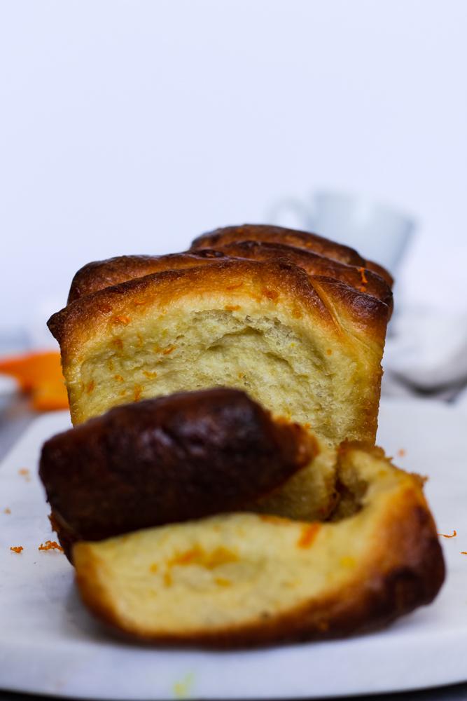 earl grey brioche pull-apart loaf