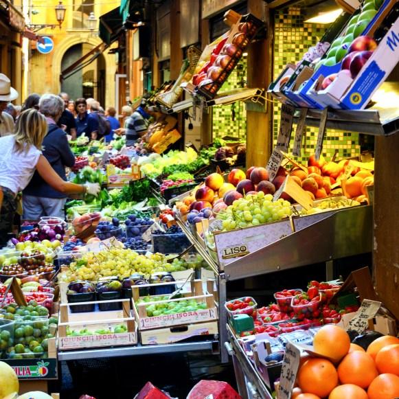 Bologna Centro Storico markets